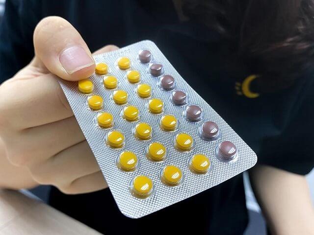 Uống thuốc tránh thai hàng ngày sau khi hết kinh có được không
